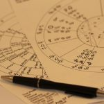 ¿Por Qué nos Fascinan los Horóscopos?